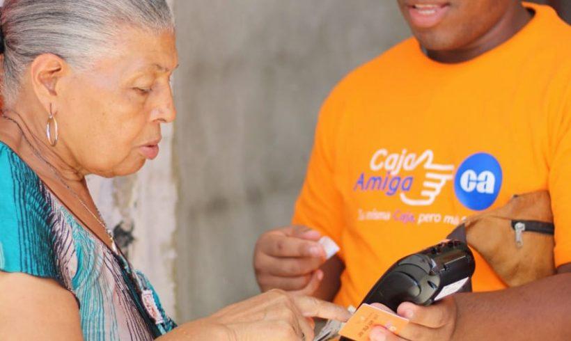 Caja de Ahorros es premiada por llevar la banca más cerca de los panameños: Una opción financiera para disminuir la movilización