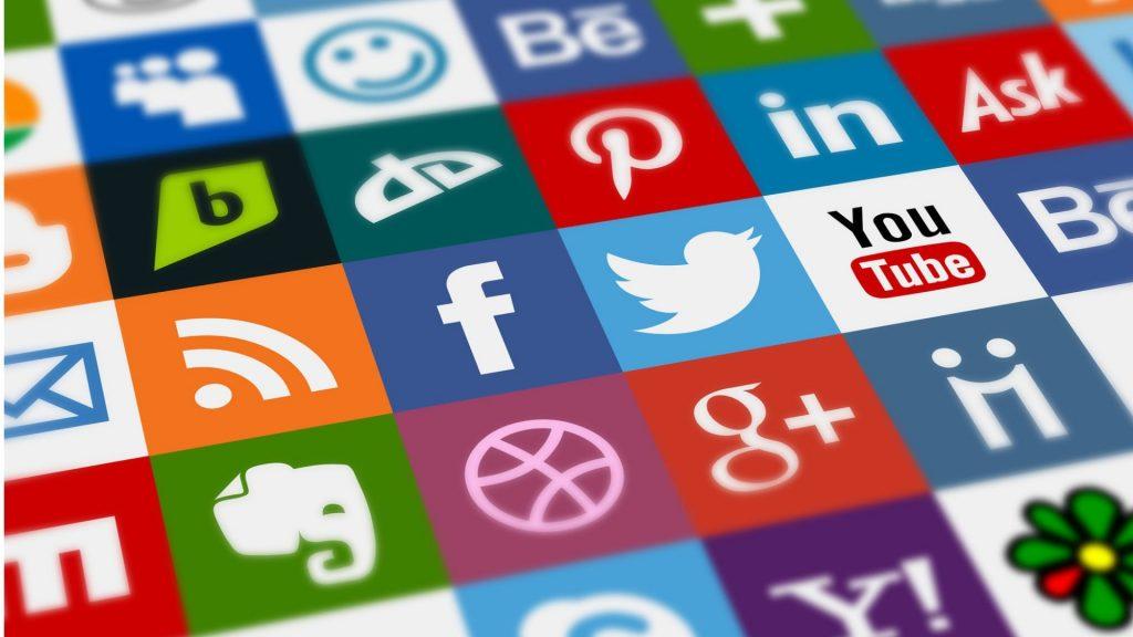 Redes Sociales y COVID-19
