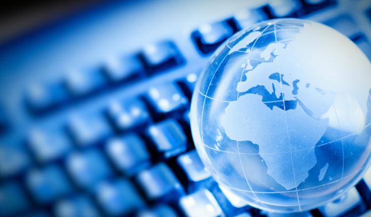 La CEPAL llama a universalizar el acceso digital