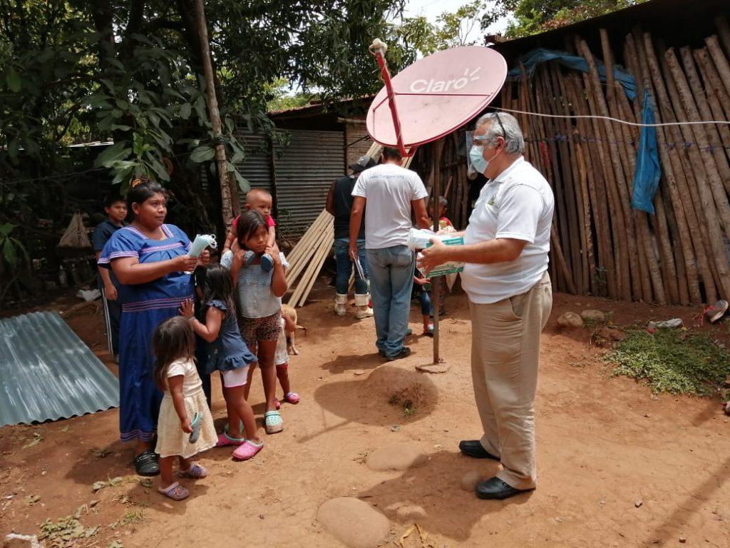 """Grupo Financiero MetroBank participa del Programa """"Familias Sostenibles"""""""