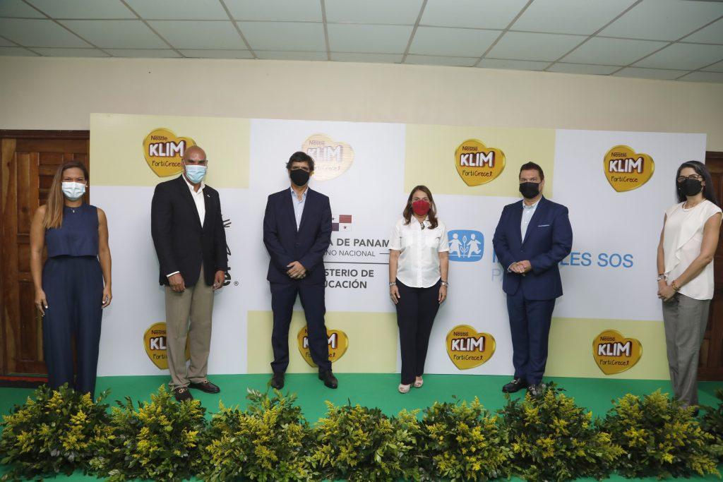KLIM Forticrece ratifica el compromiso de Nestlé con las nuevas generaciones al modernizar el salón de cómputo de Aldeas Infantiles S.O.S