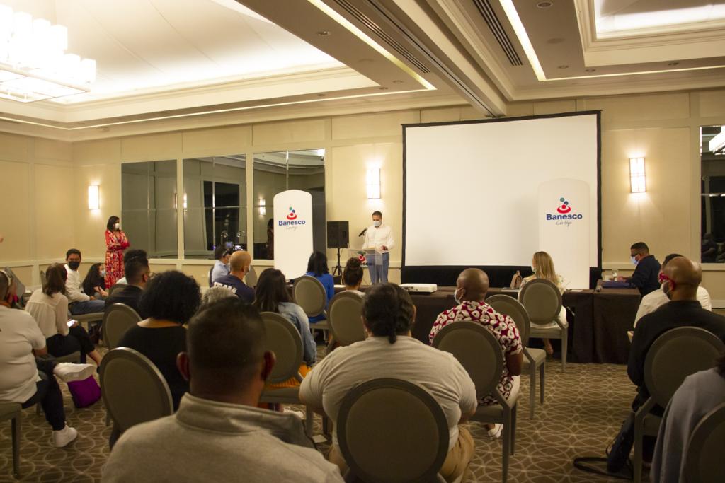 """Banesco realiza la cuarta Asamblea General de Presupuesto Participativo en Panamá, con la participación especial de un """"sexto jurado"""""""